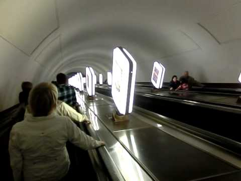 Kiev - 4 mins long escalator of Arsenalna metro station