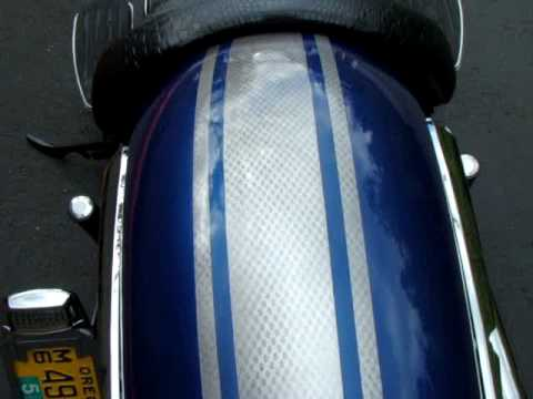 2009 Yamaha V star 950 Rattle can Paint Job Video