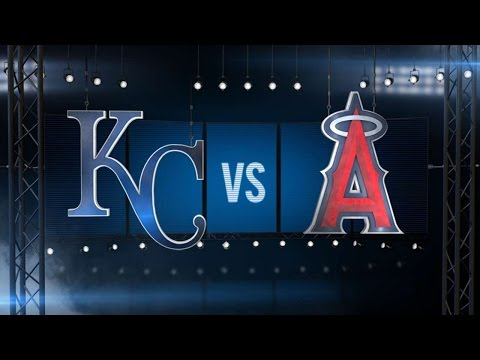 4/25/16: Pujols hits two home runs in win over Royals