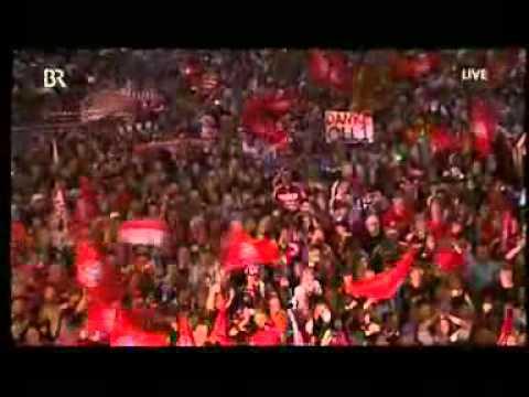 FC Bayern Meisterfeier 08 Ottmar und Oli Song