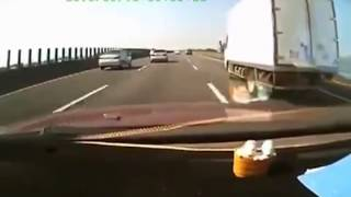 Car vs truck on Taiwan highway