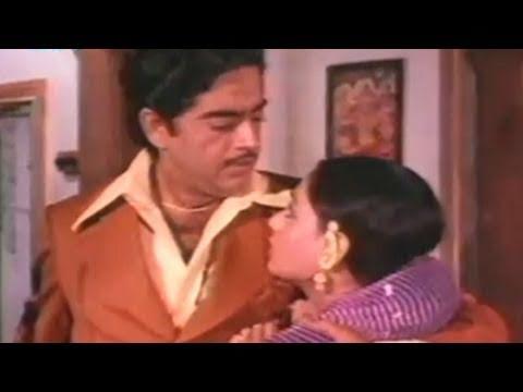 Shatrughan Sinha Gaai Aur Gori - Scene 1920