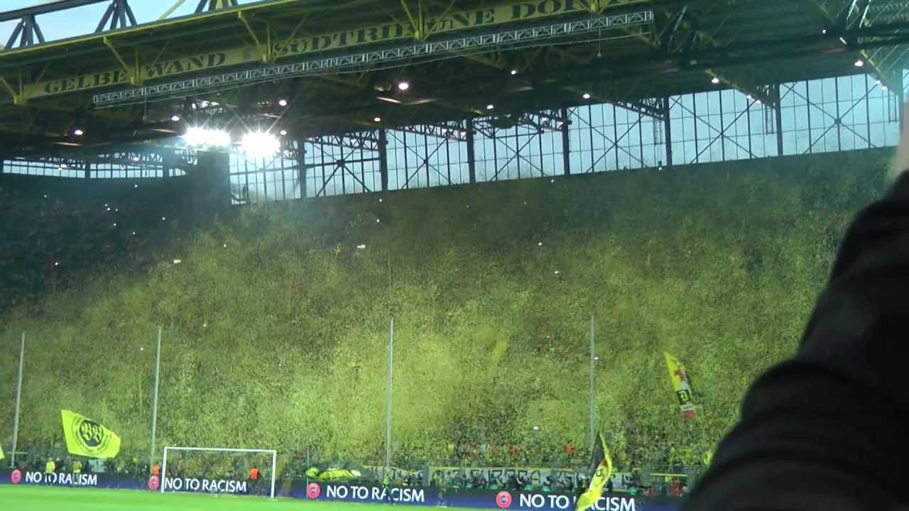 Dortmund Fans Yellow Wall Yellow Wall Dortmund Bvb