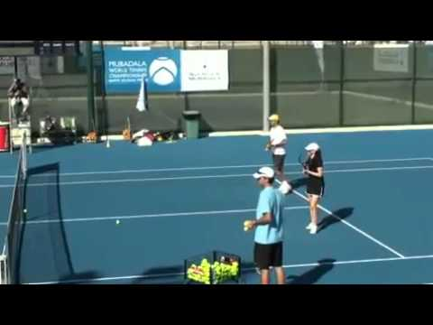 Roger Federer did a kids clinic in Abu Dhabi 2010 12 30 360p