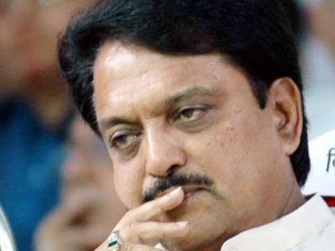 Vilasrao Deshmukh passes away - NewsX