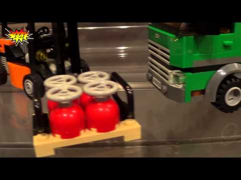 LEGO CITY Cargo Truck 60020 Preview 2013 NY Toy Fair