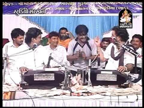 Gujarati Live Bhajan 2014 | Aavu Tare Dwar Hu To | Osman Mir,kirtidan Ghadhvi video
