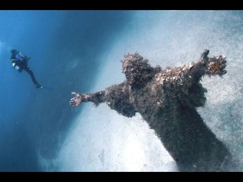 17 Mysterious Places You Won't Believe Actually Exist!