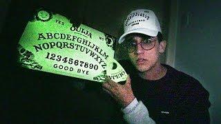TABULEIRO OUIJA DE 1998 QUE BRILHA NO ESCURO