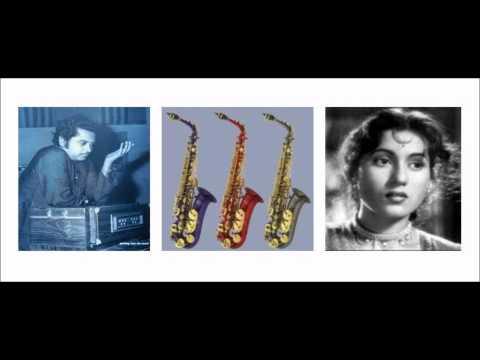 koi Hamdam Na Raha Koi Sahara Na Raha-Saxophone