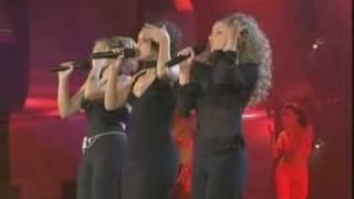 "download lagu Chenoa, Gisela & Verónica Romeo ""lady Marmalade"" gratis"