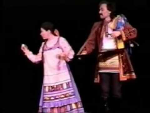 Valeriy Bastrakov with folklor magic act KOROBEYNIK