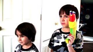 Robert and William Fight those Bad Piggies from the Angry Birds! - EPIC!!!