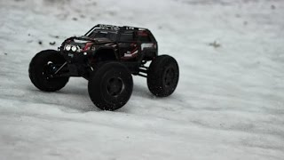 Traxxas Summit Brushless Medium Bashing