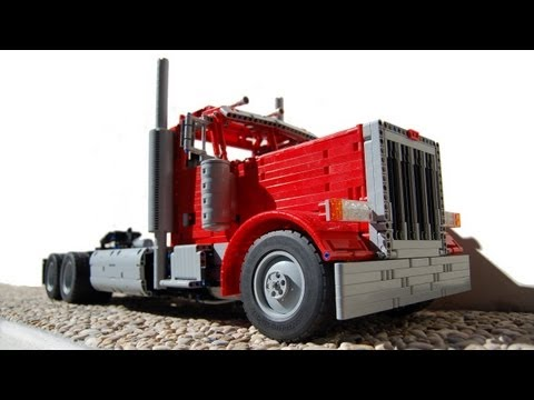 LEGO Peterbilt 379 by Sheepo