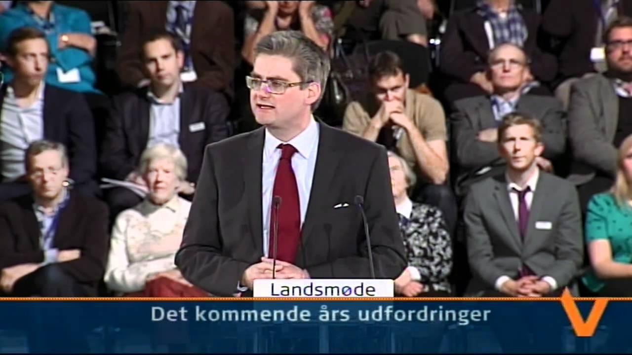 Nikita Klæstrup bare bryster gl Estrup Slot