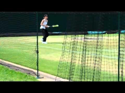 ウィンブルドン 2011- Viktoria Azarenka, マルチナ ヒンギス and Lindsay ダベンポート practicing