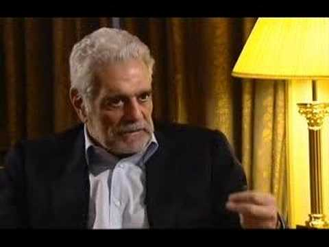 Watch a Fascinating Interview with Omar Sharif