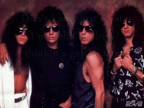 Kiss - Somewhere Between Heaven And Hell