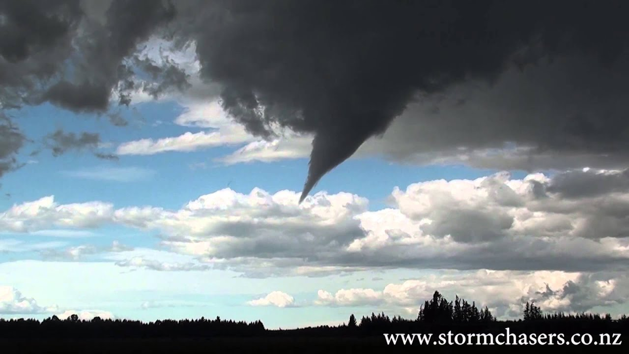 BEAUTIFUL tornado in New Zealand!! January 3, 2013 - YouTube