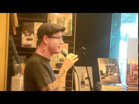 Corey Taylor explaining why Craig doesnt talk