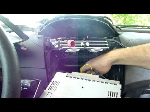 How to Install a Car Stereo Receiver (Head Unit) in 5 minutes in a Toyota Yaris HTWL
