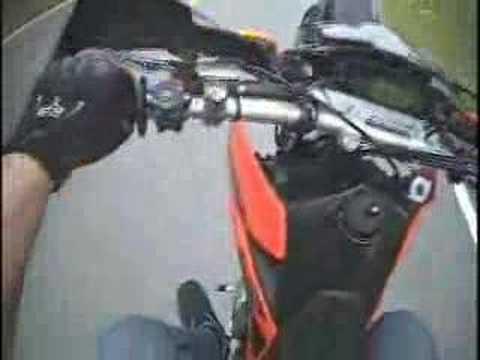KTM 625 SMC wheelie