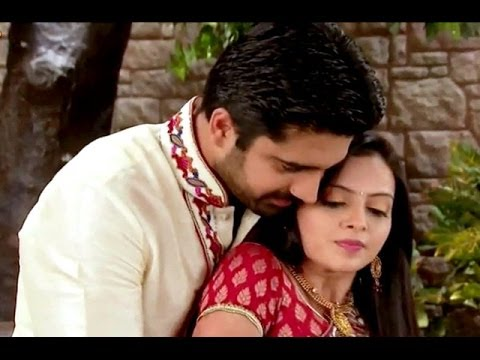 Aastha Seduces Shlok In Iss Pyaar Ko Kya Naam Doon Ek Baar Phir 19th April Full Episode video