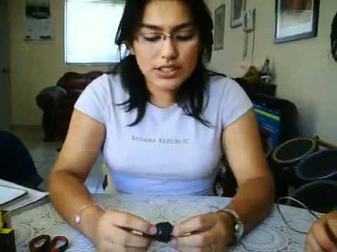 Cómo hacer un circuito electrico en paralelo y uno en serie.avi
