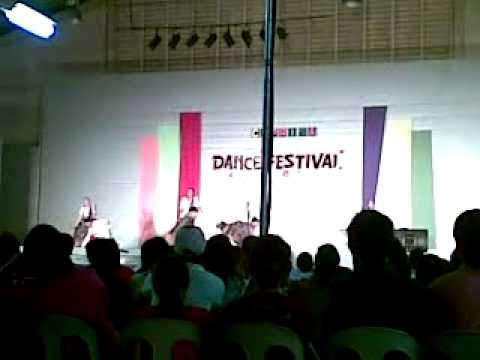 Caprisaa '09 Csj-r Folk Dance Pandanggo Sa Ilaw video