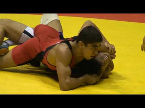 Freestyle Wrestling Iran beats Japan - brutal pin