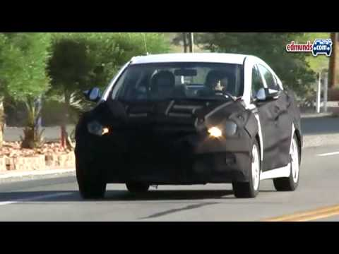 Spotted: 2011 Hyundai Elantra Spy Video by Inside Line Video