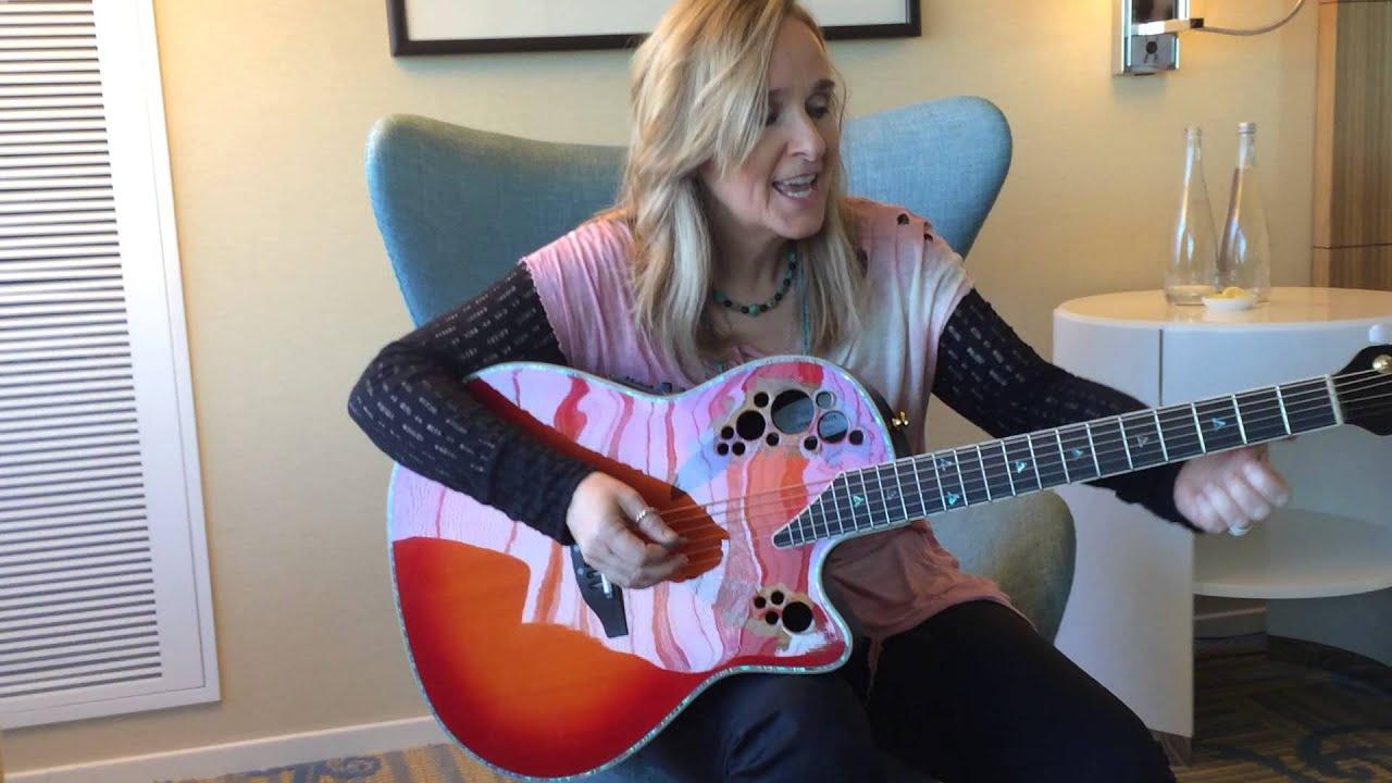 Melissa etheridge guitar