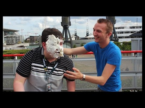 PIE IN THE FACE! | Minecon 2015 Wager