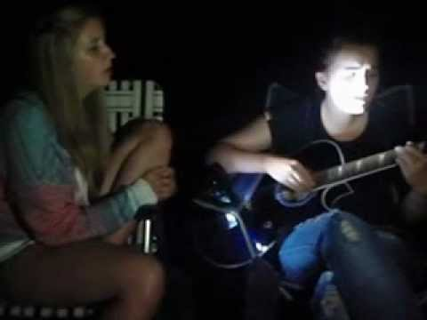 Meg Lewis and Bronwen Lewis jam (I Wont Give Up - Jason Mraz)