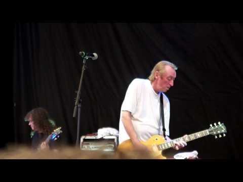 Stan Webb's Chicken Shack - Sweetest Little Thing/Hurt [Lovely Days Festival 2012] HD