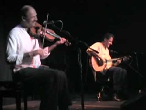 Willie and Lobo - Salsa Verde - Santa Barbara California