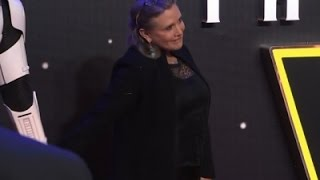 Reports: Carrie Fisher Suffers Medical Emergency