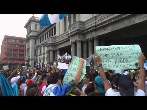 Himno Nacional Guatemala - Manifestación 2005
