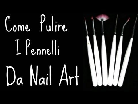 Come Pulire i Pennelli da Nail Art