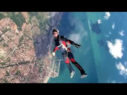 Absolut Freefly 2010 – Babylon & Aria in Fano (Skydiving)