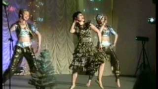 download lagu Indian Dance Group Mayuri - Mera Naam Chin Chin gratis