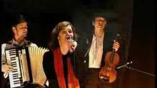 Ayassa - Gypsy, Balkan, Klezmer - Opa Cupa (Opa tsupa)