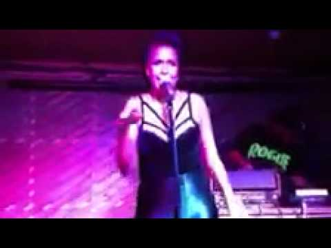 LeaLea Jones live @Rock the Belles, The Notting Hill Arts Club | Pop, Funk, R&b, Soul, Urban, Vocal