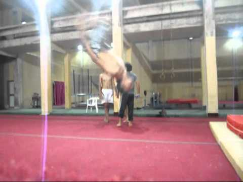 Bboy hakim !!Flying From the boring !