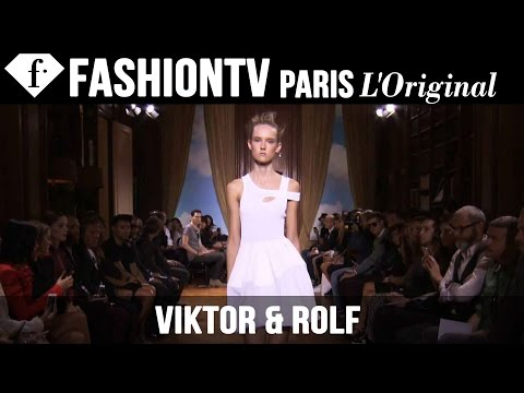Viktor & Rolf Spring/Summer 2015 Runway Show | Paris Fashion Week | FashionTV