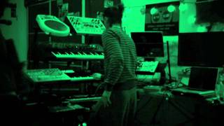 Live Looping with Waltanative & Phil Harmony
