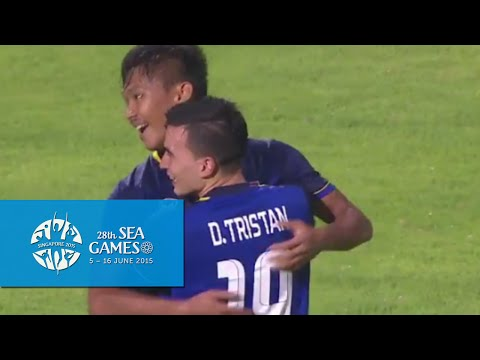 Football half time match Thailand vs Brunei   28th SEA Games Singapore 2015