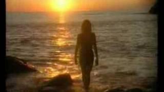 Watch Valensia Tere video