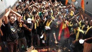 Kochadaiyaan - Kochadaiyaan First Day First Show Fans Celebration | Chennai | Super Star Rajinikanth, Deepika